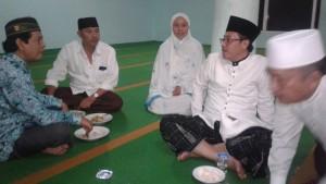 Tampak Anggota KIM Purwoagung ikut mendampingi Bp, Wakil Wali Kota Malang